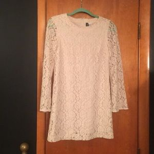 H&M divided cream long sleeve lance dress